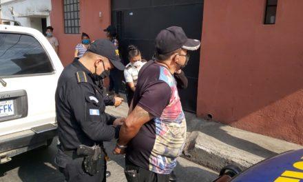 PNC logró interceptar vehículo en el que iban personas señaladas de robar baterías
