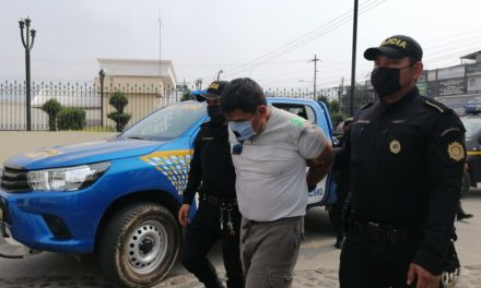 Persecución policial grabada en video