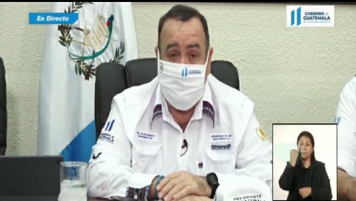 Presidente Alejandro Giammattei confirma que uso de mascarillas será obligatorio