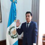 En plena pandemia, presidente nombra a nuevo gobernador de Quetzaltenango