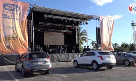 """Los conciertos """"drive-in"""": ¿el futuro de la música?"""
