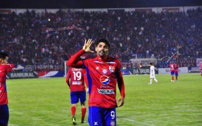 Silva y Claverí hablaron esta mañana ¿Regresa el brasileño a Xelajú?