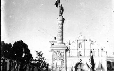 La curiosa fotografía del monumento funerario que se ubica en la Cuesta de San Nicolás en Quetzaltenango