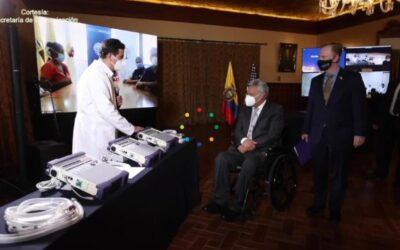 Ecuador recibe 50 respiradores de EE.UU. para lucha contra COVID-19