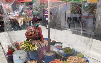 Medidas sanitarias en el Centro Comercial Municipal de Xela. Pretenden que sean modelo para otros mercados