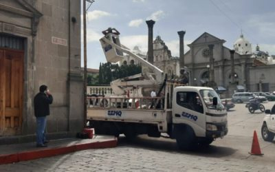 ¿Qué acciones toman autoridades ante denuncias de robos a vehículos en el Centro Histórico de Xela?