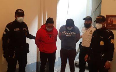 Arrestados de nuevo por portar armas sin documentación