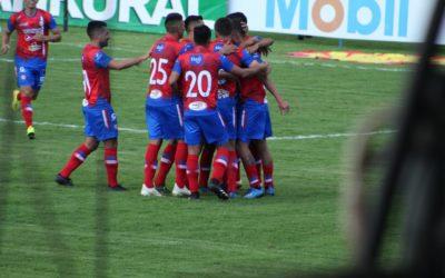Xelajú logró triunfar en un partido complicado ante Iztapa. Debut de local con victoria para «El Rebaño»