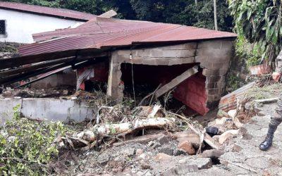 Mueren tres personas, entre ellos un médico, por recientes lluvias en Mazatenango
