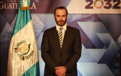 Se entrega a la justicia estadounidense exministro de Economía de Guatemala
