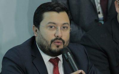 Ministro en el gobierno de Jimmy Morales se entrega a la justicia
