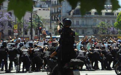 Disturbios en el velorio de Diego Maradona