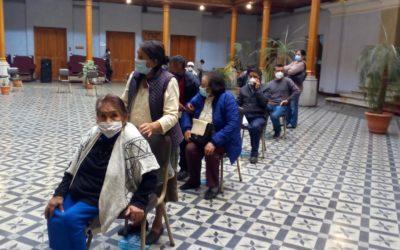 Jubilados del Estado actualizan datos en Gobernación de Quetzaltenango