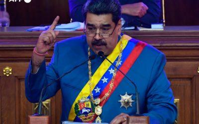 Maduro promete llevar a 1,5 millones de barriles diarios la colapsada producción petrolera de Venezuela