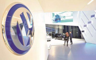 2021: Falta de semiconductores en el mundo, provoca recorte en producción de automóviles
