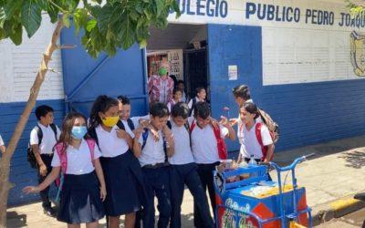 Nicaragua comenzará año escolar solo con clases presenciales