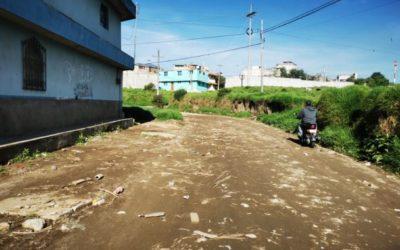 Vecinos quetzaltecos preocupados por desbordamiento de río