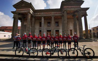 Ciclistas de montaña reanudan actividades en Xela