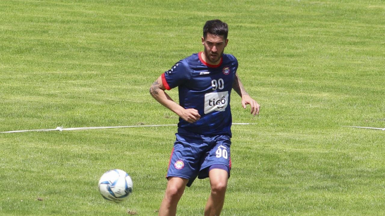 Nicolás González Xelajú MC