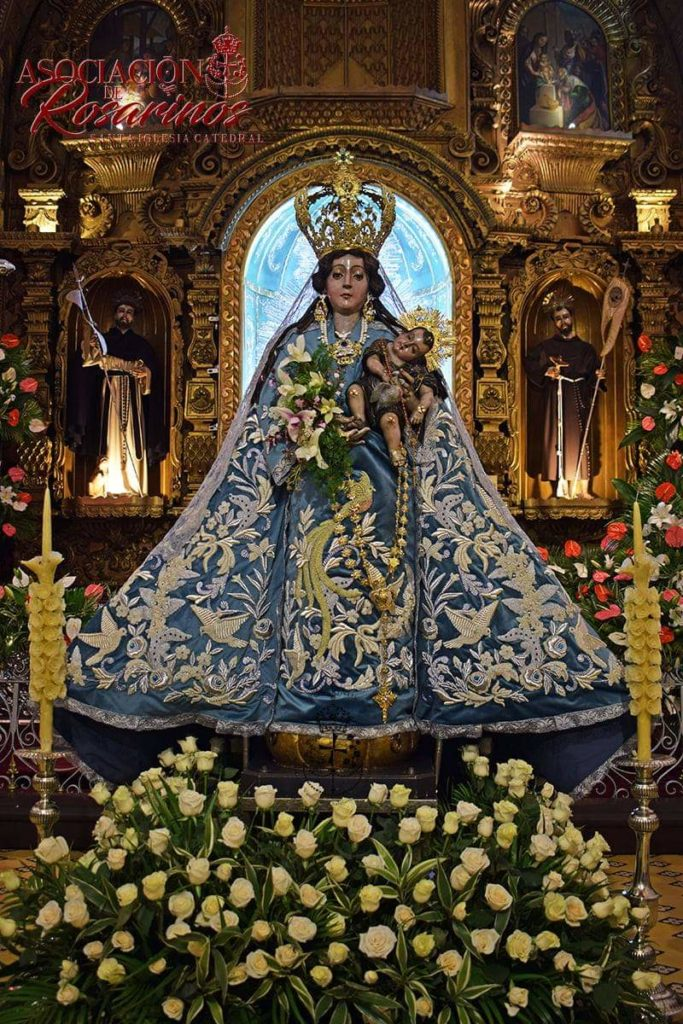 """Así luce ya, la Coronada y Consagrada """"Virgen del Rosario"""", Patrona de Quetzaltenango y Reina de la República de Guatemala. (Santísima Virgen del Rosario Quetzaltenango 2021)"""
