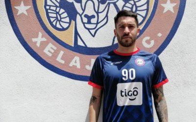 Día de destituciones en Xelajú, el club ahora informa la baja del argentino Nicolás González