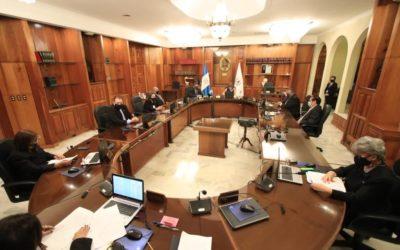Corte Suprema de Justicia de Guatemala, comunica que magistrados seguirán en su puesto