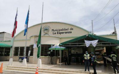 Interponen denuncia contra el alcalde Abrahim Zelada y el Concejo Municipal de La Esperanza