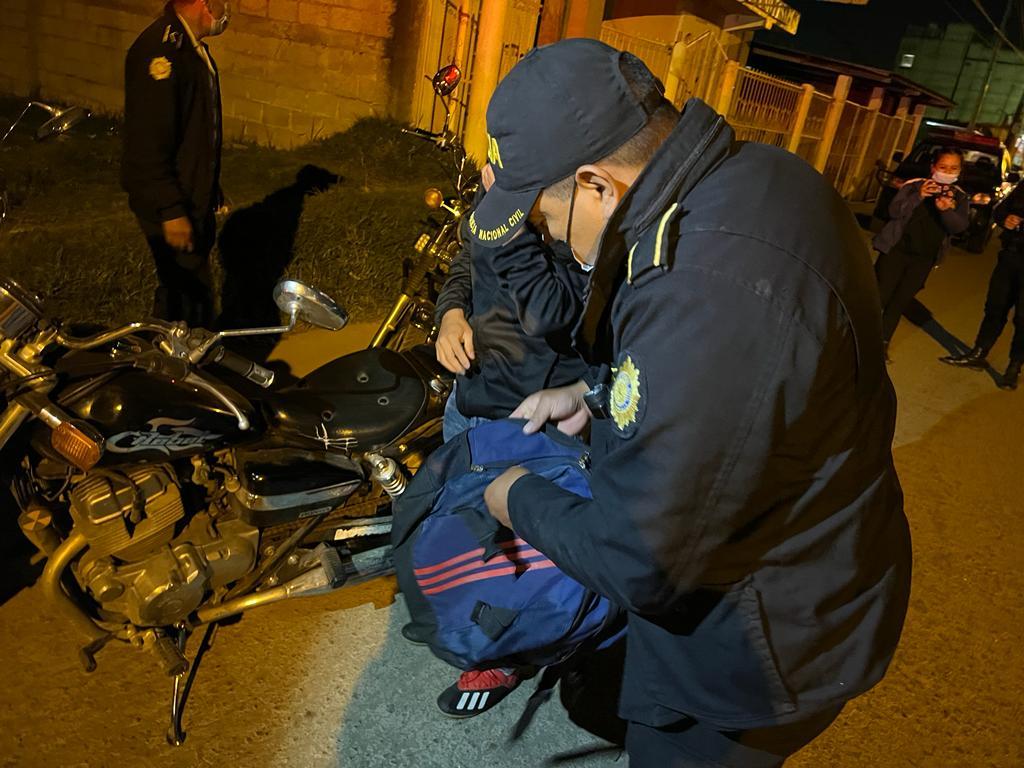 PNC realiza operativo de control en Pacajá, zona 10 de Xela