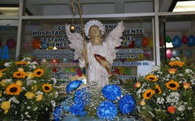Realizan alborada en el HRO, en honor a San Rafael arcángel